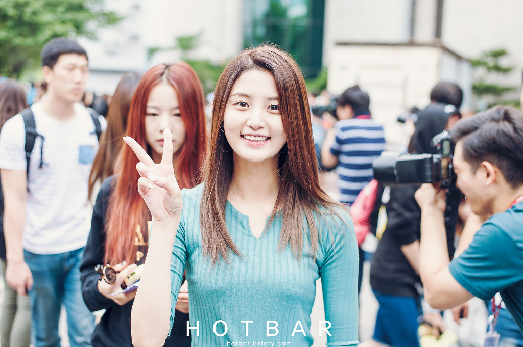 [HQ/FANTAKEN] 14.09.12 Junghwa at KBS Music Bank By HotBar