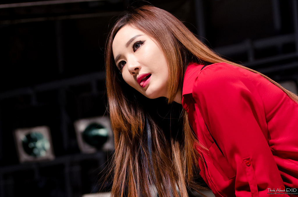 [HQ/FANTAKEN] 141123 EXID at Guerilla Performance in Dongdaemun By : Think About EXID