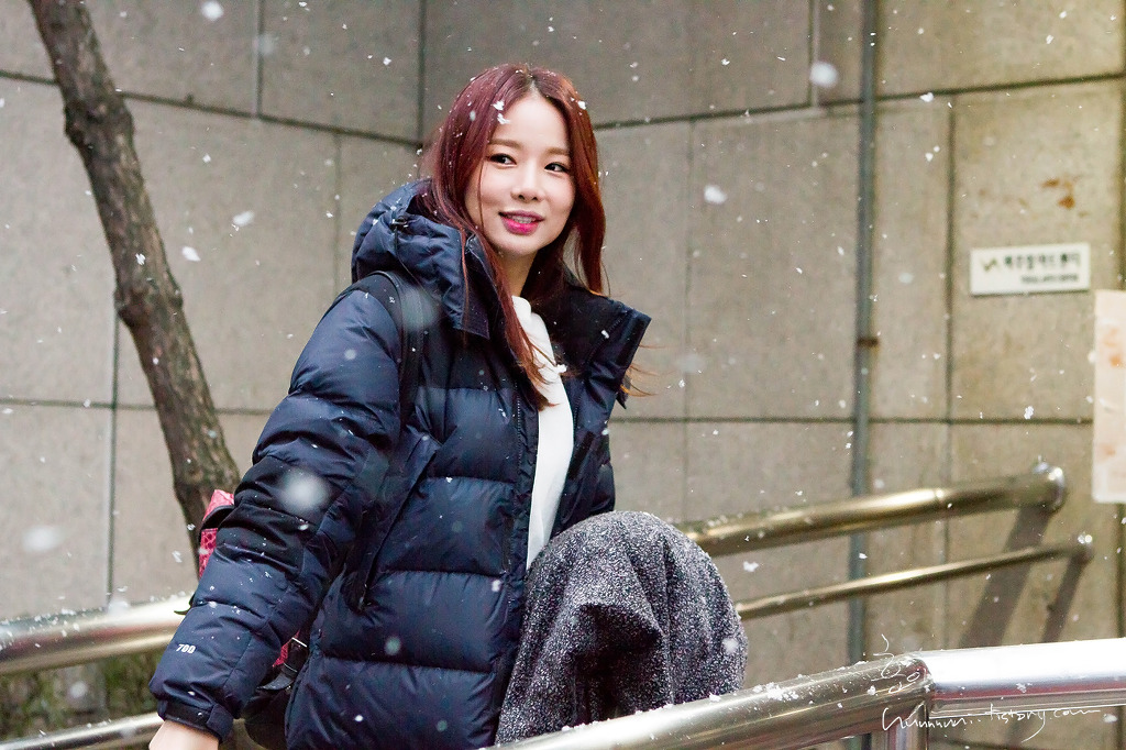 [HQ/FANTAKEN] 141214 EXID(Solji, Junghwa) On the way for KBS 1:100Recording