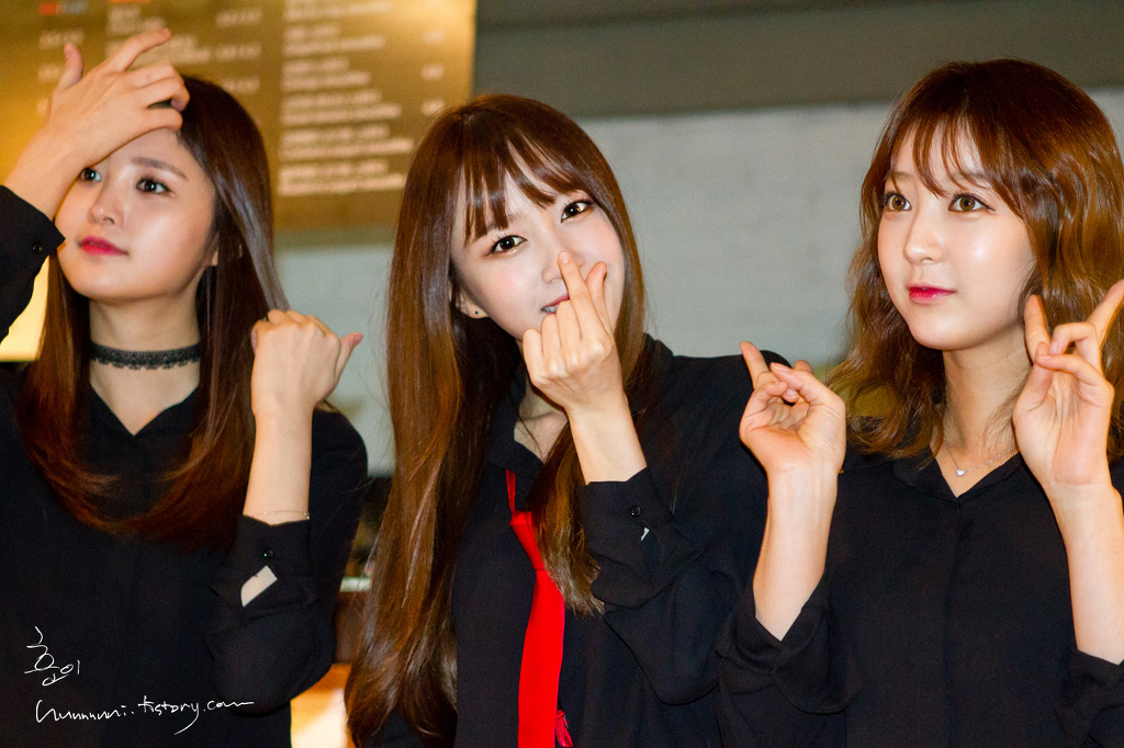 [HQ/FANTAKEN] 141130 EXID at UP & DOWN Attendance Stamp Event (Fanmeeting)